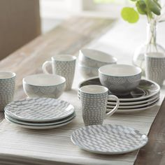 Simpson 16 Piece Dinnerware Set Service for 4 & Walmart: Better Homes and Gardens Roaming Elk 16-Piece Square ...