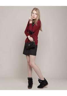 isabel marant | model looks a bit like Scarlet Johansson