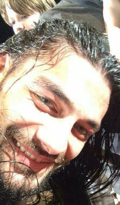 Roman Reigns Smile, Wwe Roman Reigns, Roman Reighns, Romans 3, Wwe Superstar Roman Reigns, Undertaker Wwe, Love Your Smile, Dean Ambrose, How To Draw Hair