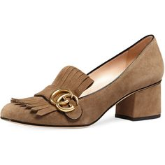 Gucci Marmont Fringe Suede 55mm Loafer (2.870 BRL) ❤ liked on Polyvore featuring shoes, loafers, taupe, slip on loafer, strap shoes, suede loafers, mid heel shoes and slip on shoes