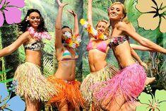 Comment organiser une soirée hawaïenne : Musique, tenues, cuisine, déco, etc.