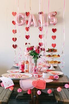 Valentine's Day is quite possibly one of my favorite days of the year. I love being surrounded by loved ones, obviously the color red, and all the fun decor from hearts to roses. Valentines Day Food, Valentines Day Decorations, Be My Valentine, Valentines Day Tablescapes, Valentine Party, Holiday Parties, Holiday Fun, Festive, Galentines Day Ideas