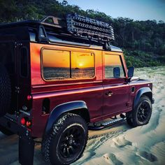 Land Rover Defender 90 Rhino Rack MaxTrax Sunset