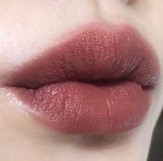 Image about beauty in make-up 💄 by a h i r u ~ Kiss Makeup, Makeup Art, Eye Makeup, Hair Makeup, Makeup Goals, Makeup Inspo, Makeup Inspiration, Makeup Ideas, Eyeliner