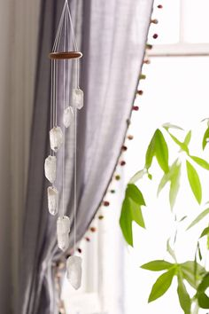 Spiritual Stone Decor - This White Quartz Crystal Mobile from Urban Outfitters is Bohemian (GALLERY) Crystals And Gemstones, Stones And Crystals, Gem Stones, Blue Crystals, My New Room, My Room, White Quartz Crystal, Clear Quartz, Dream Catchers