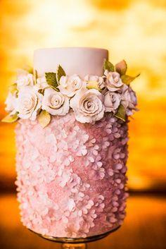 wedding cake idea; photo: Purple Tree Photography