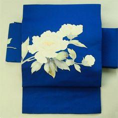 Casual use. Blue and hand drawing flower pattern Nagoya Obi / 普段使いに  瑠璃色地 手描き花柄のお太鼓柄 名古屋帯  #Kimono #Japan http://global.rakuten.com/en/store/aiyama/