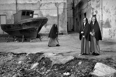 © Josef Koudelka/Magnum Photos Sicily. Trapani. 1996. Holy week.