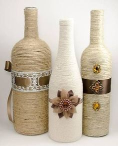 Resultado de imagem para Garrafas de Vidro para Decorar Glass Bottle Crafts, Wine Bottle Art, Wine Bottles Decor, Decorate Wine Bottles, Empty Wine Bottles, Painted Wine Bottles, Liquor Bottles, Bottles And Jars, Diy Bottle