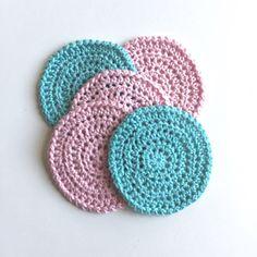 Hvad man kan bruge sine bomuldsrester til? Crochet Home Decor, Chrochet, Yarn Crafts, Crochet Hats, Crochet Ideas, Crochet Earrings, Projects To Try, Winter Hats, Cross Stitch