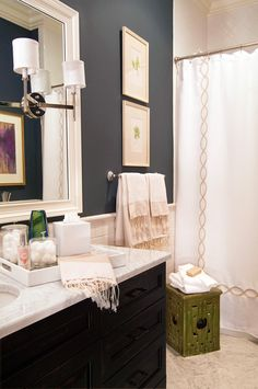 charcoal walls, lots of white. Guest bath possible wall color Tan Bathroom, Grey Bathrooms, Beautiful Bathrooms, Bathroom Colors, Bathroom Tray, Downstairs Bathroom, Bathroom Styling, Cozy Bathroom, Bathroom Modern