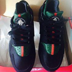 finest selection d013d 6e90c Image of 🌑 Black Gucci Huaraches ❤ 💚 Nike Air Huarache, Running Nike,