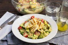 Gegrilde halloumi-perzik salade - Koken met Aanbiedingen