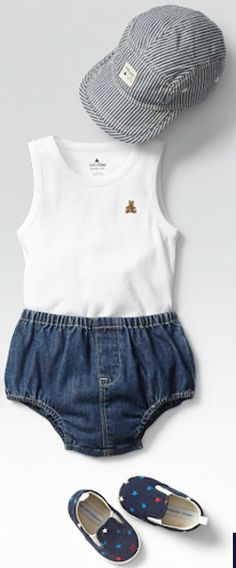 adorable tiny little outfit http://rstyle.me/~2eMcH
