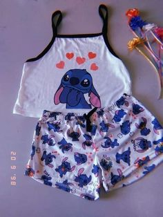 ZAFUL offers a wide selection of trendy fashion style women's clothing. Affordable prices on new tops, dresses, outerwear and more. Cute Disney Outfits, Cute Lazy Outfits, Stylish Outfits, Cool Outfits, Disney Pjs, Outfits Teenager Mädchen, Teenage Outfits, Outfits For Teens, Girls Fashion Clothes