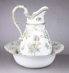 Herend Porcelain Pitcher and Basin , in the Queen Victoria pattern,