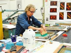 Monoprint Monday at Ochre Print Studio with Annee Robson. A chance to let your hair down and explore this painterly screenprint process, using acrylic inks on a silkscreen. A course suitable for beginners and experienced screenprinters alike.