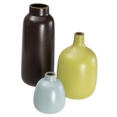 Heath Ceramics vases. This just looks good, I don't really think you need flowers.