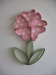 2 Wall flower art / Upcycled Toilet Paper Rolls / by RutiLine,