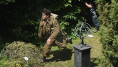 May 24: Day 2 - A scene in the garden at Malo, with young English actor Fionn Whitehead playing a British soldier dodging machine gun fire from German planes. http://www.lavoixdunord.fr/region/dunkirk-malo-est-entre-ce-mardi-dans-le-feu-de-l-action-ia17b47588n3527324#utm_medium=redaction&utm_source=twitter&utm_campaign=page-fan-dunkerque
