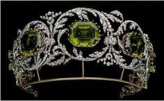 Königliche Juwelen: Habsburger Peridot Parure