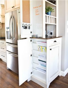Amazing Hidden Storage Areas http://www.houzz.com/photos/1081493/Chilliwack-Central-traditional-kitchen-vancouver
