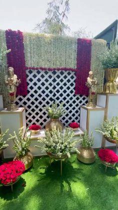 Wedding Hall Decorations, Diy Wedding Backdrop, Wedding Mandap, Indian Wedding Theme, Desi Wedding Decor, Mehendi Decor Ideas, Flower Garland Wedding, Destination Wedding Decor, Wedding Stage Design