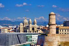 https://flic.kr/p/vFfTbU | Marseille 2014 - 161 le MUCEM, le Fort Saint-Jean, la Cathédrale La Major en face du PHARO
