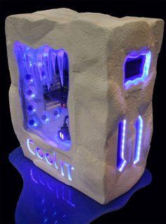Dominic Heise's Cool It custom PC case. LOVE IT!