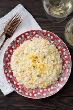 Risotto agli agrumi: raffinato, delicato e profumatissimo. Perfetto per iniziare la tua cena di San Valentino. [Risotto with orange and lemon]