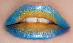kiss kiss. Day at the beach lips. Blue gold lips
