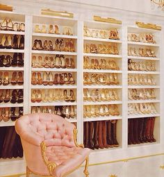 -Love this shoe closet.