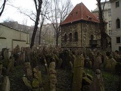 el viejo cementerio judío de Praga