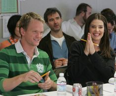 Cobie with Neil Patrick Harris at a table read for How I Met Your Mother. Barney And Robin, How Met Your Mother, Mothers D, Neil Patrick Harris, Cobie Smulders, Kellan Lutz, Himym, Tv Times, I Meet You