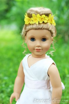 Doll Hairstyle: Bun With Flower Crown!