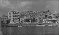 Πασαλιμάνι, Πειραιάς. Old Photos, New York Skyline, Explore, Travel, Greece, Old Pictures, Viajes, Vintage Photos, Old Photographs