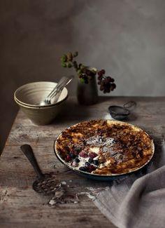 Ta med en hjemmelaget bær-brulée på uventet besøk! Utrolig koselig, og slår garantert an!