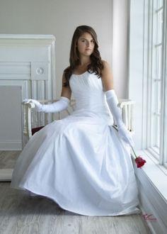 Alfred Angelo Wedding Dress.