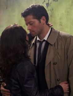 Blame it on the pizza man. Meg & Castiel (Supernatural)  Love the look on his face. So hot  I'm only pinning this because of his face - THAT FACE!!! <3