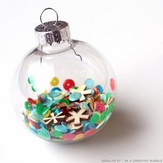 In a Creative Bubble: DIY Confetti Ornament