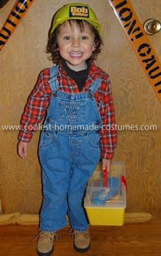 Homemade Bob the Builder Costume  {I think I need to figure out how to do this for Gavin this Hallowe'en!}