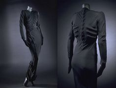 Skeleton Dress - Elsa Schiaparelli - 1938