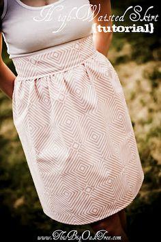 Cute high-waisted skirt tutorial