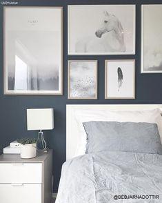 Jotun Lady Deco blue til soverommet Bedroom Wall Colors, Blue Bedroom, Bedroom Decor, Deco Blue, Ideas Hogar, Blue Rooms, Modern Kitchen Design, Beautiful Bedrooms, Home Interior