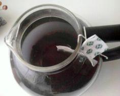 """Grüner Tee aus organischem Anbau mit Ganoderma und Heidelbeeren - Basis für """"Blue Magic Cocktail"""" Cocktails, Magic, Tea, Tableware, Green, Green Tee, Craft Cocktails, Dinnerware, Dishes"""