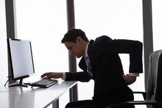Zum Tag der Rückengesundheit ein Special, das sich mit dem deutschen Volksleiden Nummer 1 beschäftigt: Wie Sie Rückenschmerzen im Büro vorbeugen...  http://karrierebibel.de/rueckenschmerzen-rueckengesundheit/