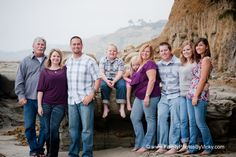 Family Portrait Clothing Ideas | What to wear for family portraits | Family Photos by Vicky San Diego ...