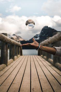 ITAP of a levitating crystal ball http://ift.tt/2cxuyod