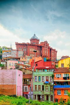From traditional houses of Bo-Kaap in Cape Town, South Africa, to the vivid hues of the Brazilian favelas, here's a look at some of the world's most gorgeous looking colourful destinations. Visit Istanbul, Istanbul Travel, Turkish People, Virtual Travel, Colourful Buildings, World Of Color, Istanbul Turkey, Countries Of The World, Antalya