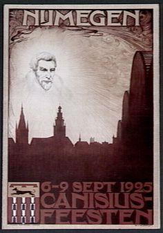 Petrus Canisius feesten in 1925, Nijmegen. Met links de verdwenen kerk in de Augustijnenstraat, rechts de Sint Stevenskerk.